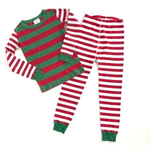 Hanna Andersson Christmas red green pajamas pjs